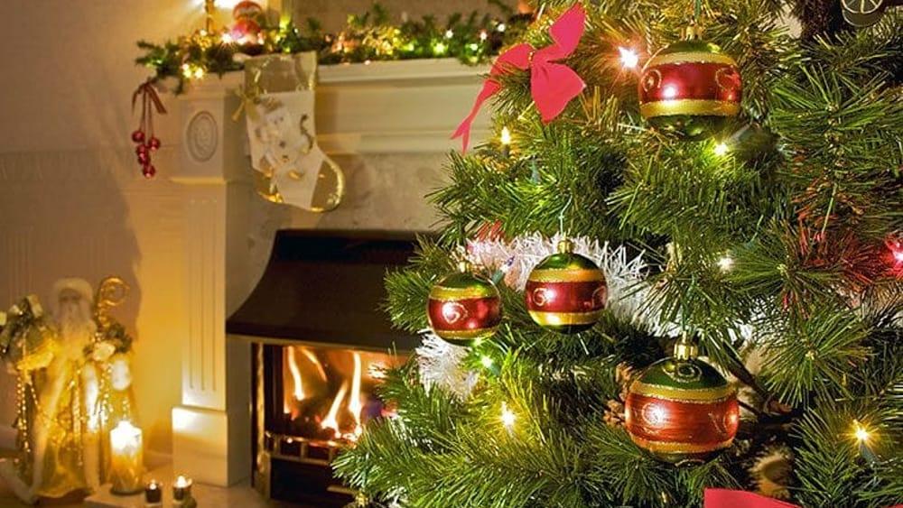 Decorazioni Natalizie Acquisto On Line.I 6 Negozi Dove Acquistare Le Piu Belle Decorazioni L Albero Di Natale E Il Presepe